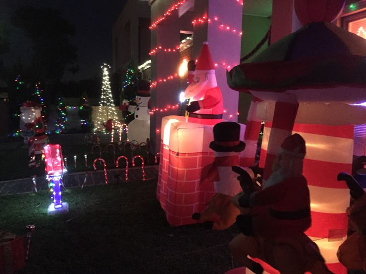 Christmas outdoor decorations in Australia