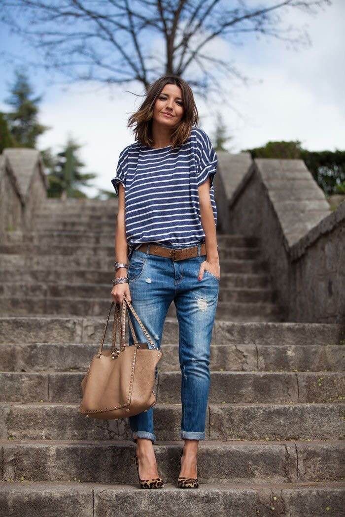 casual outfit idea, boyfriend jeans, stripe tee and heels