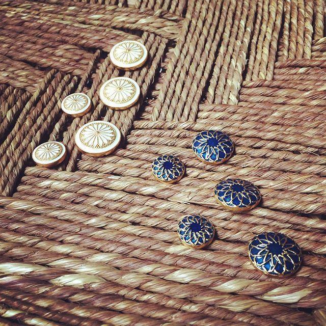 Handmade bespoke buttons!  Now @gabbana.life !! #DapperDa #gabbanalife #no20knk #decorativebuttons #handmade #bespoke #osmanabdulrazak #menswearinfluencer #OAR #atelierstudio #chennaigoesdapperda