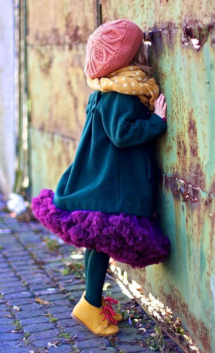 Looks de inverno 2015 para crianças bebês meninas, roupas para meninas, looks de inverno para meninas, casacos, sobretudos, gorros, trench coat, cachecol, vestidos, botas para meninas, tudo para o inverno, inverno 2015, meninas bebês crianças vestidas para o inverno, coleção inverno 2015, roupas de inverno para crianças, roupas looks de inverno para bebês, ideias de como vestir seu bebê no inverno, acessórios de inverno para crianças bebês meninas, moda infantil inverno 2015
