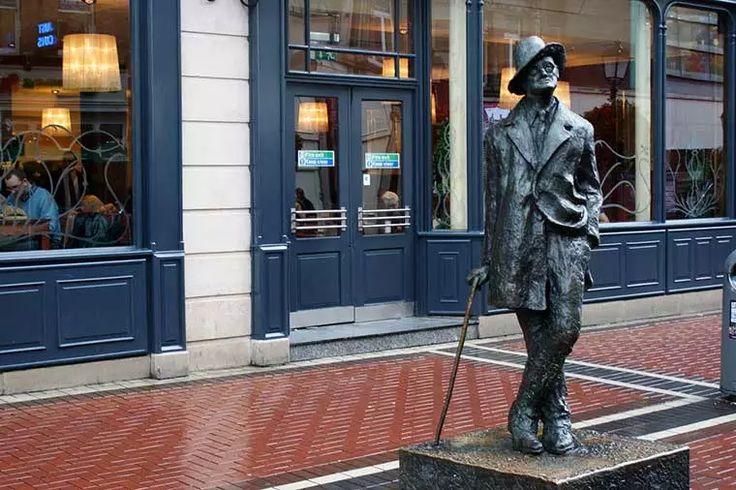 James Joyce Statue. Image by Pietro Izzo