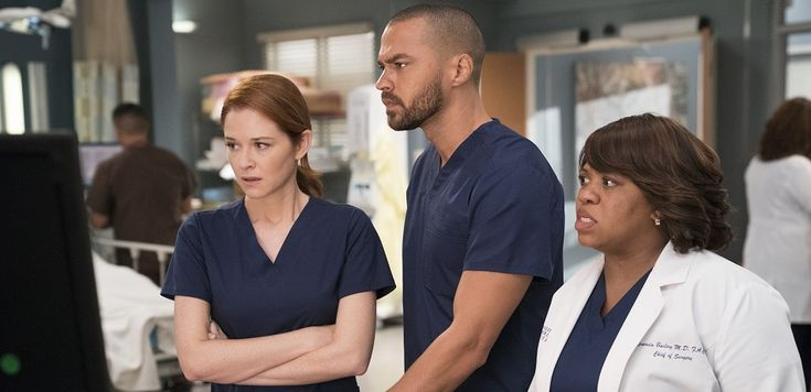 'Grey's Anatomy' Spoilers: Miranda Bailey Has A Heart Attack, Is Chandra Wilson Leaving The Show?