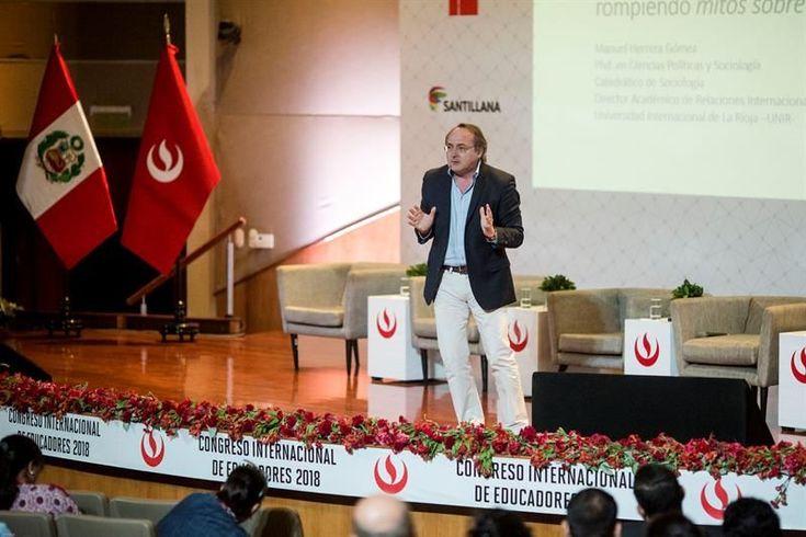 """Una universidad en internet española llega a Perú para """"romper los prejuicios"""""""