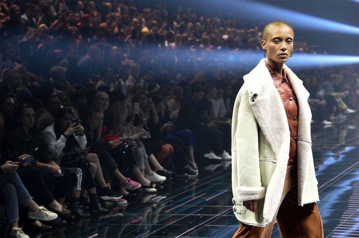 Французские дома моды перестанут нанимать худых моделей Louis Vuitton,Givenchy,Guerlain,Gucci, YSL, Brioniи многие другие бренды отныне будут заботиться о здоровье своих моделей согласно специальному регламенту.