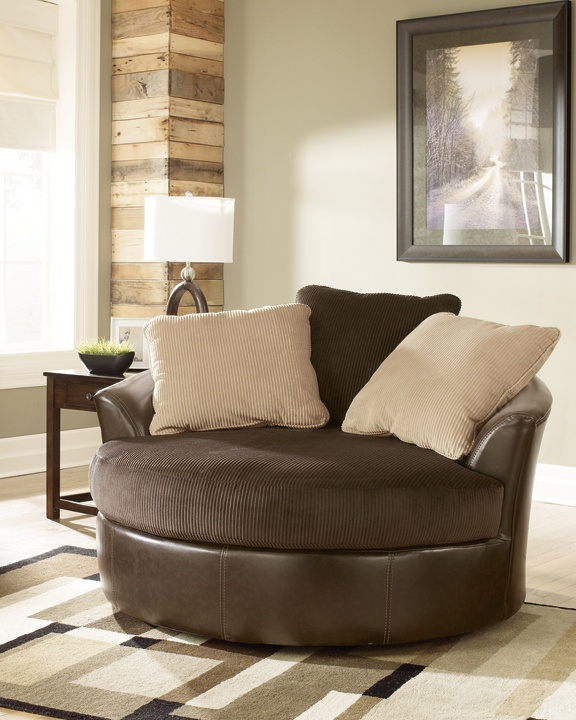 This Super Comfortable Swivel Chair In Chocolate Looks Great In Any Living  Room Home