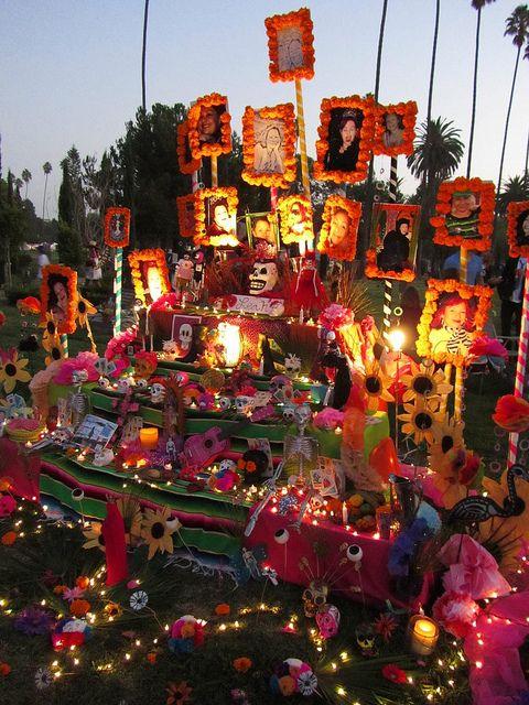 Dia De Los Muertos Alter Hollywood, CA