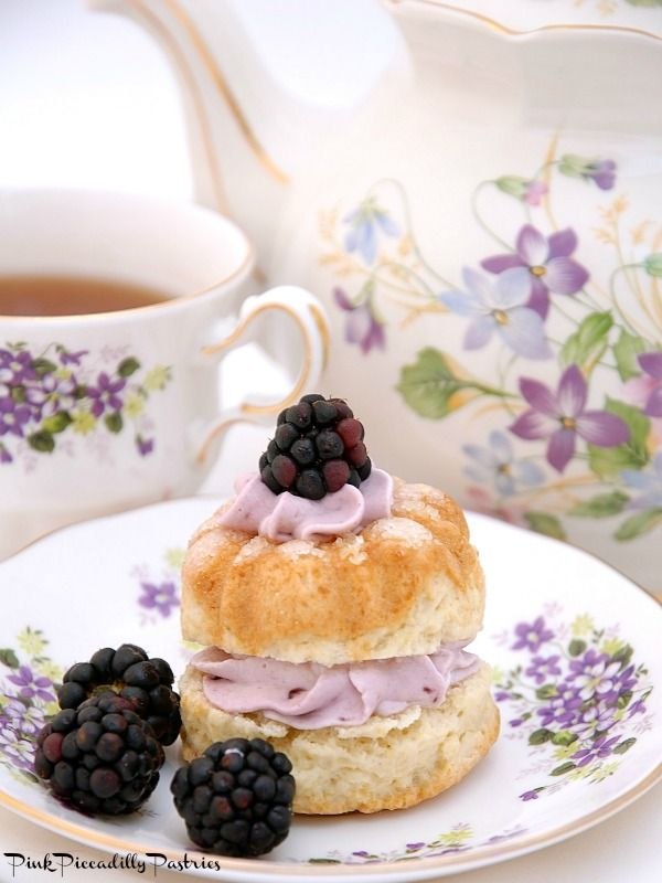 Pink Piccadilly Pastries: Cream Tea Scones with Blackberry Whipped Cream......pinned 10 Sept 16 *A*