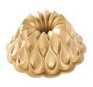 SM: Nordic Ware Crown