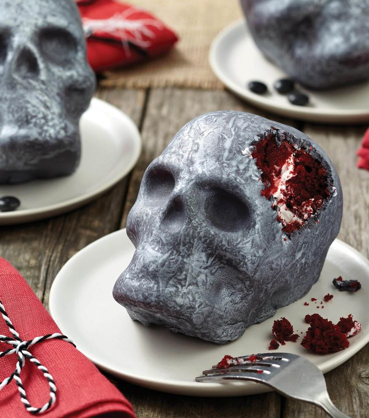 these silver skull red velvet cakes are scary good and the perfect dessert for any halloween
