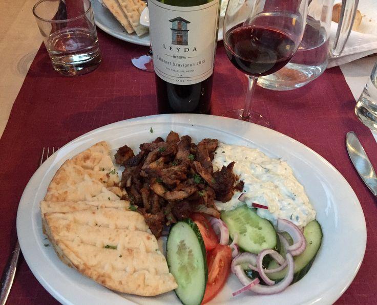 Restaurant Minos Greek food Gyros