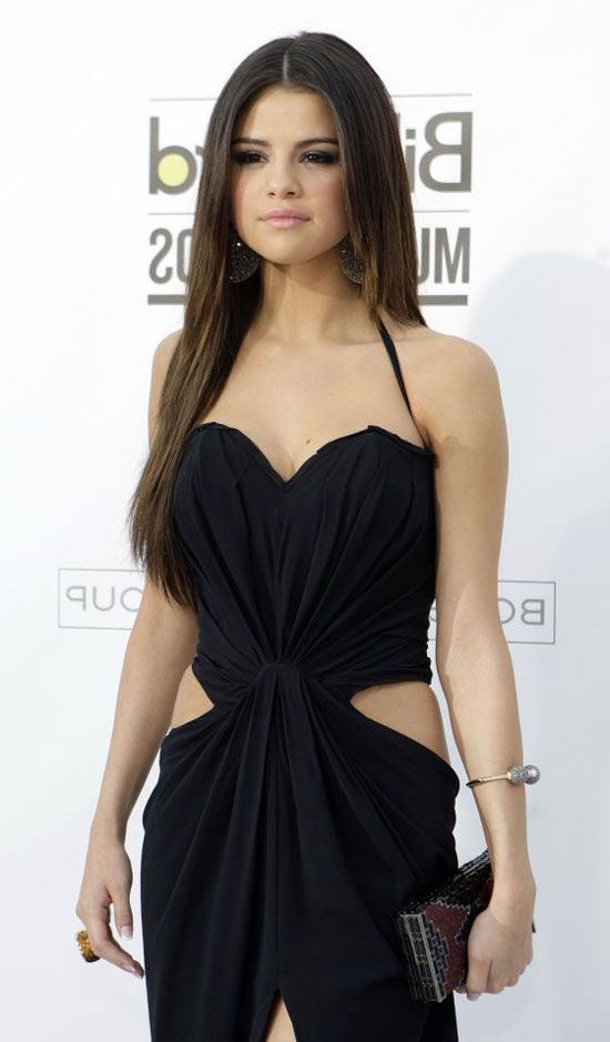 selena gomez in beautiful dresses | ... of Short Dress Selena Gomes Inspiring Style of Selena Gomez Dresses