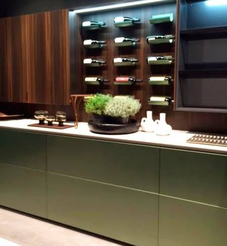 Green brushed metal and white marble: rustic but elegant kitchen in a very Italian way #Eurocucina