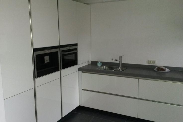 17 beste afbeeldingen over toekomstig huis op pinterest toiletten verzonken planken en douches - Idee outs semi open keuken ...