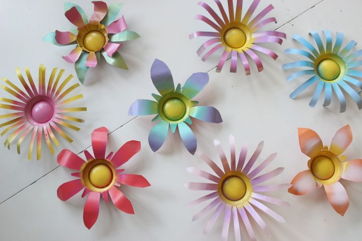 DIY Soda Can Flowers                                                       …