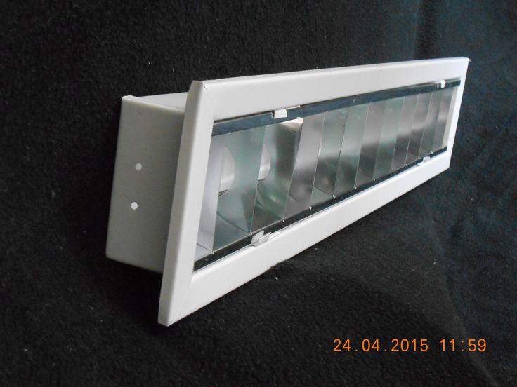 Gabinete de Empotrar con Louver de Aluminio Medidas: 13x61 para 1tubo de 10-‐17-‐21-‐14–24 Watts 13x1.22 para 1 tubo de 32-‐ 39-‐ 20 Watts