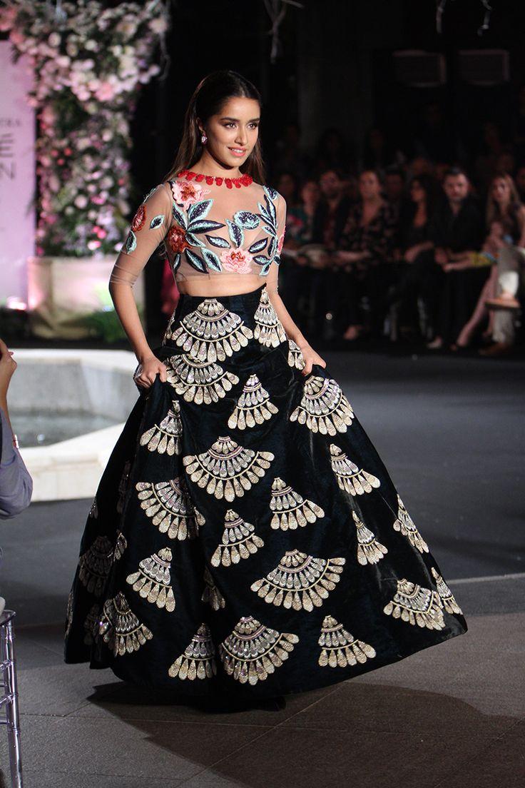 Lakme Fashion Week Winter/Festive 2016: Manish Malhotra