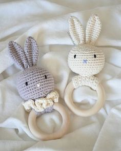 WEBSTA @ onescrochet - One for baby Leia, one for baby Vincent :) @marcusthenander #bunny #kanin #teethingring #crochet #crochetlove #crochetaddict #crochetaddicted #diy #baby #momlife #bitring #amigurumi #amigurumiaddict #virka #virkning You're such an inspiration @vibemai