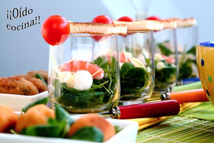 ¡¡Oído cocina!!: Ensalada de rúcula y canónigo con langostino, perlas de mozzarella y almendra laminada al aceite de pimienta