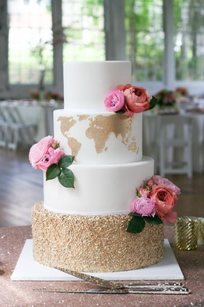 How to inject the 'wow' factor into your wedding cake | weddingsite.co.uk
