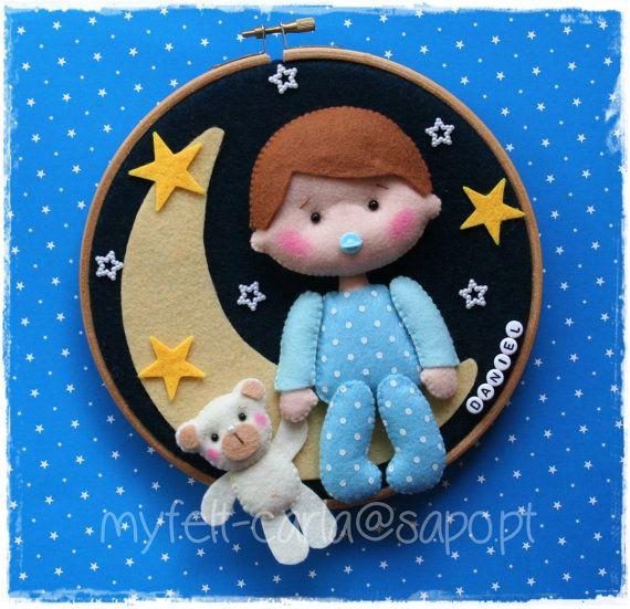 *FELT ART ~ Wall Art Hoop Cute Baby Moon and Bear Hoop Felt Bow Wreath Felt Craft Dolls Gift Felt Baby Boy Baby Girl Felt Toy BB Baby Mobile Hanging
