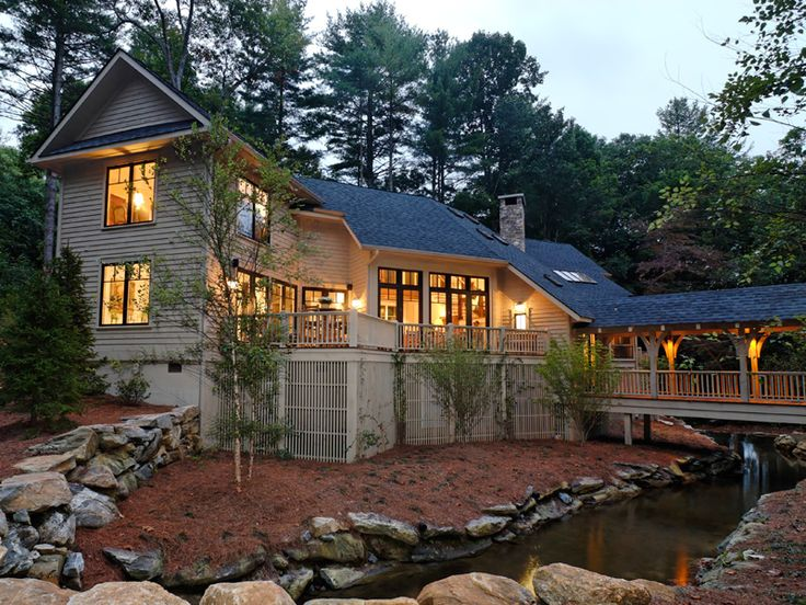 81 best images about lake house plans on pinterest for Mountain house plans rear view