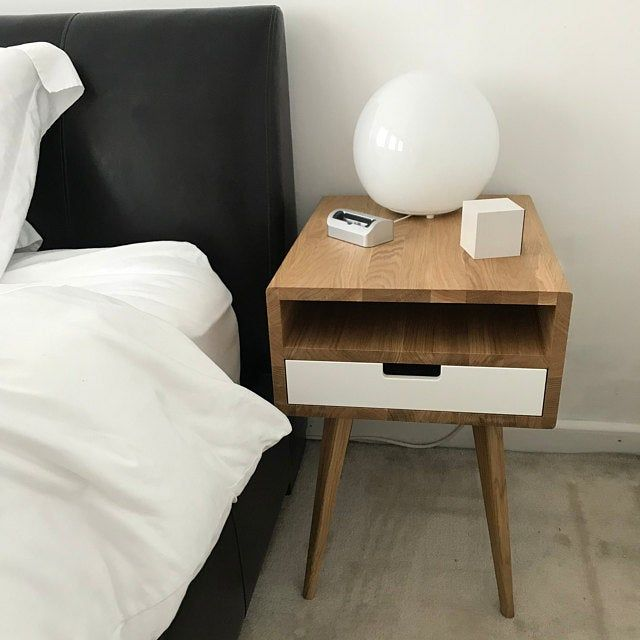 Pair Of Mid Century Modern Nightstand Bedside Table End Table