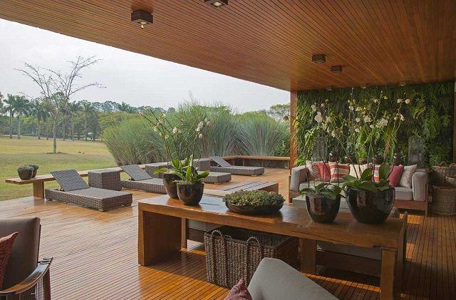 Debora Aguiar - Living Design