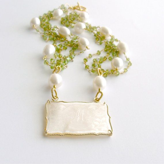 M monograma collar juego Counter Peridot por karensugarmandesigns, $960.00