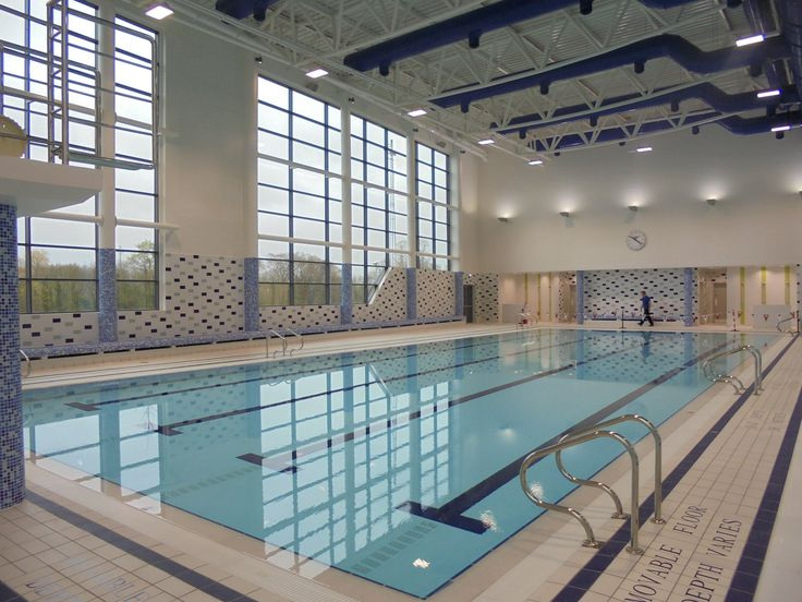 45 best azulejos especiales para piscinas tile trim for Piscina universidad alicante