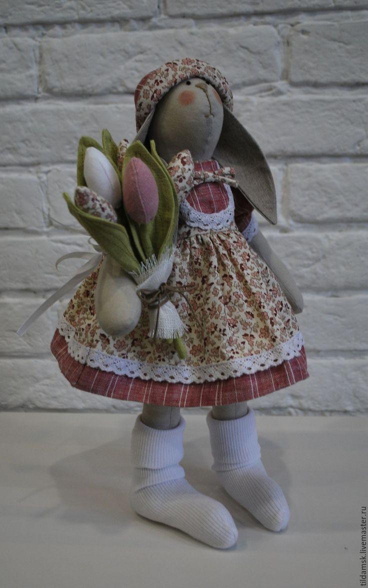 Купить Тильда зайка с тюльпанами - интерьерная кукла, тильда заяц, зайка, подарок, подарок девушке