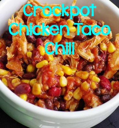 Great Crockpot recipe for any winter party: chicken taco chili #PreppyPlanner