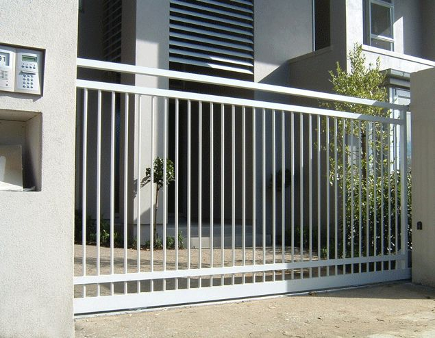 Best 25 automatic driveway gates ideas on pinterest for Motorized gates for driveways