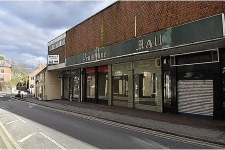 Plans have been submitted to convert a town centre building in Cheadle.  A new planning application has been put forward for the reconfiguration of existing floor space to provide two retail units...
