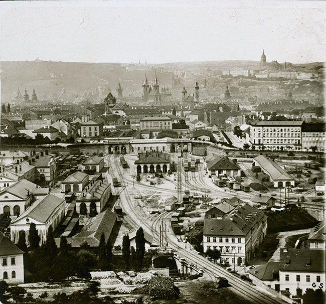 Neznámý autor, nádraží Státní dráhy od Vítkova, kolem 1873