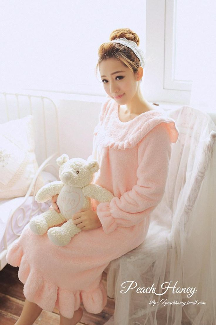 Find More Nightgowns & Sleepshirts Information about Autumn and winter long sleeve sleepwear female nightgown thick flange fluffy sweet ruffle long lounge design coral fleece,High Quality fleece sleeping bag kids,China fleece blouse Suppliers, Cheap design famous from 3 Rabbit on Aliexpress.com