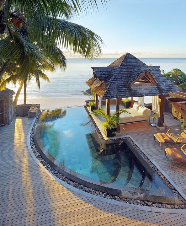 Honeymoon Beachcomber Royal Palm Mauritius https://www.facebook.com/Kombireise/app_316337858430294