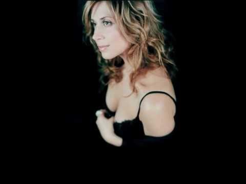 Lara Fabian - Je suis malade (Hq Version)
