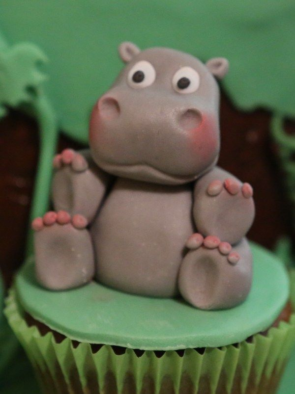 nilpferd hippo fondant tiere in 2018 fondant hippo cake und cake. Black Bedroom Furniture Sets. Home Design Ideas