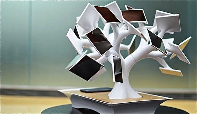 Cargador solar de dispositivos móviles con forma de bonsai