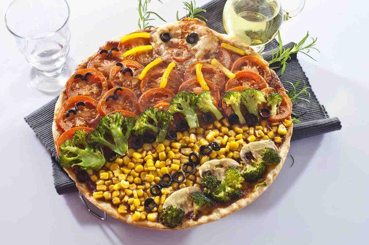 Pizza z obrazkiem  #smacznastrona #przepisytesco #pizzazobrazkiem #mniam #brokuły #pomidoy
