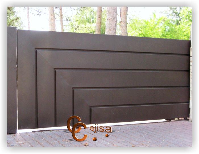 Puerta corredera de acceso a veh culos chapa lisa con for Coches con puertas correderas