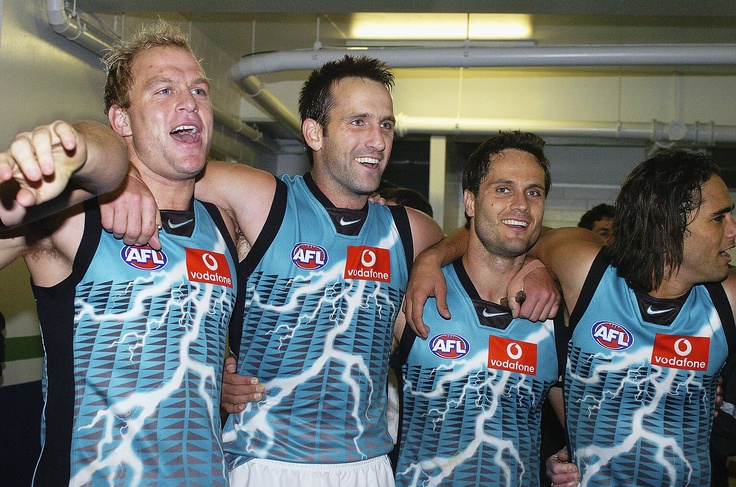 The lightning strike clash guernsey was introduced in the 2004 season and used until the end of 2006.