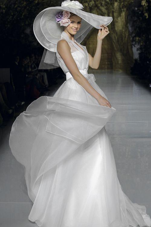 24fe413a3d5d Spose con il cappello... - Moda nozze - Forum Matrimonio.com