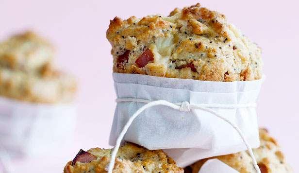 Opskrift på muffins med rabarber og hvid chokolade