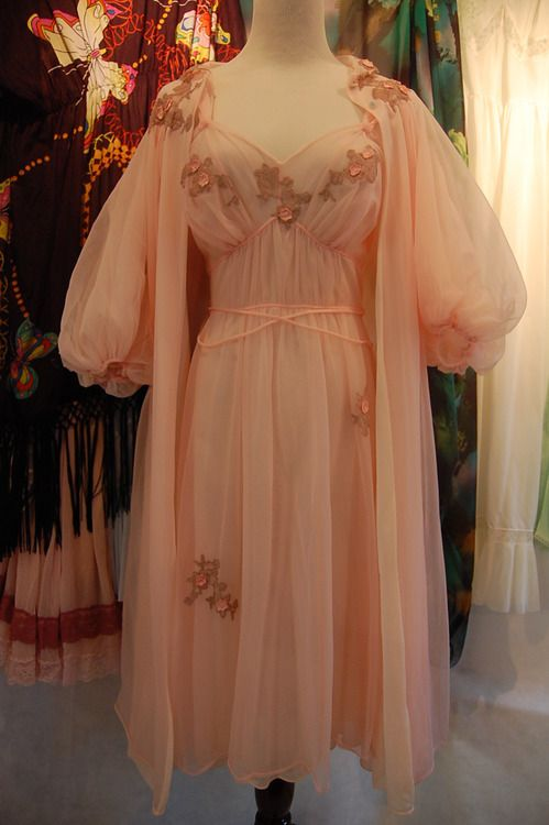 thelingerieaddict:  Give me all the peignoirs. via: Lovechild Boudoir  Vintage lingerie
