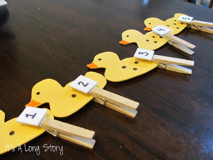 It's a Long Story: Toddler Box 6: Counting Ducks - fine motor skills with counting - Five Little Ducklings Activity #readforgood