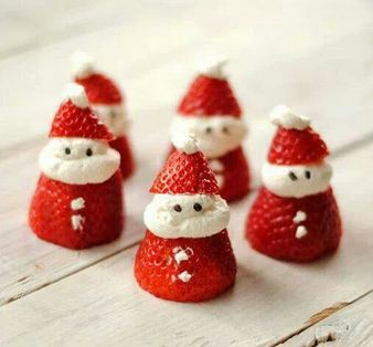 #Christmas treats - with whipped cream filling, or #healthy option is to use vanilla frozen yoghurt. #food
