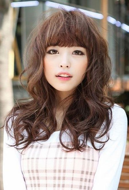Messy Cute Japanese Hairstyles #BangsHairstylesCurly #easyhairstylescurly