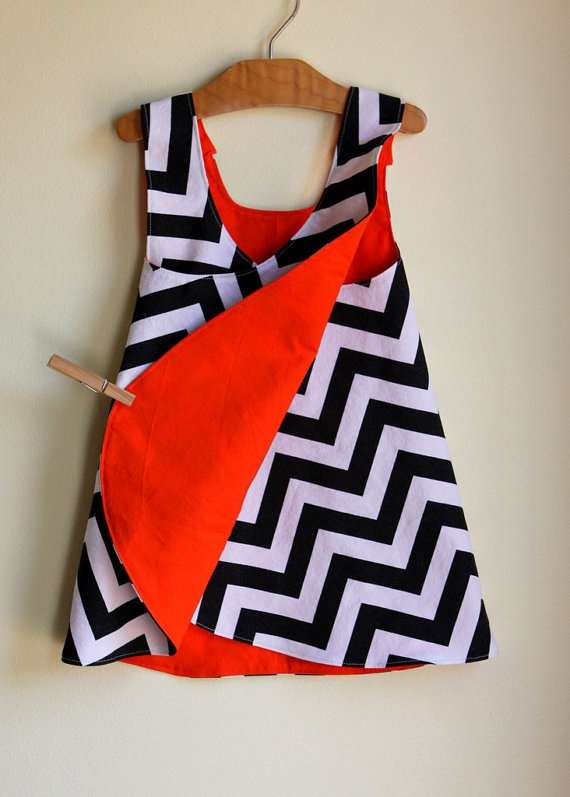 So cute....black and white chevron pinafore dress - reversible