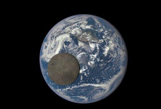 NASA maakt unieke beelden van achterkant maan - De Standaard